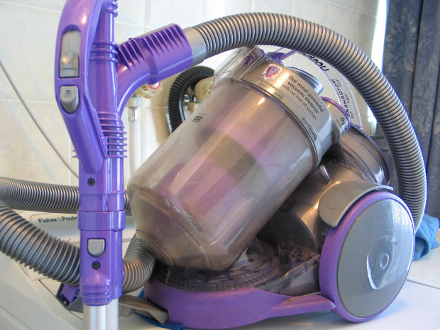 Dyson to manufacture 15,000 ventilators following UK call for help